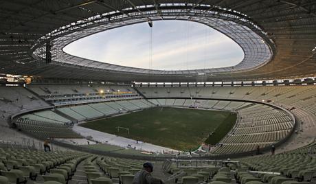 У Бразилу се срушио кров стадиона на коме ће се одржавати Светско првенство у фудбалу 2014. године