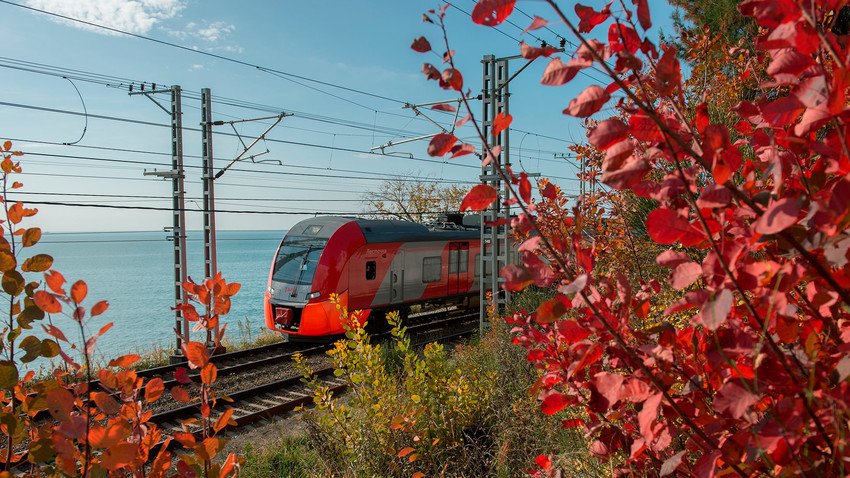 Који је најбољи начин путовања по Русији: аутом, возом или авионом?