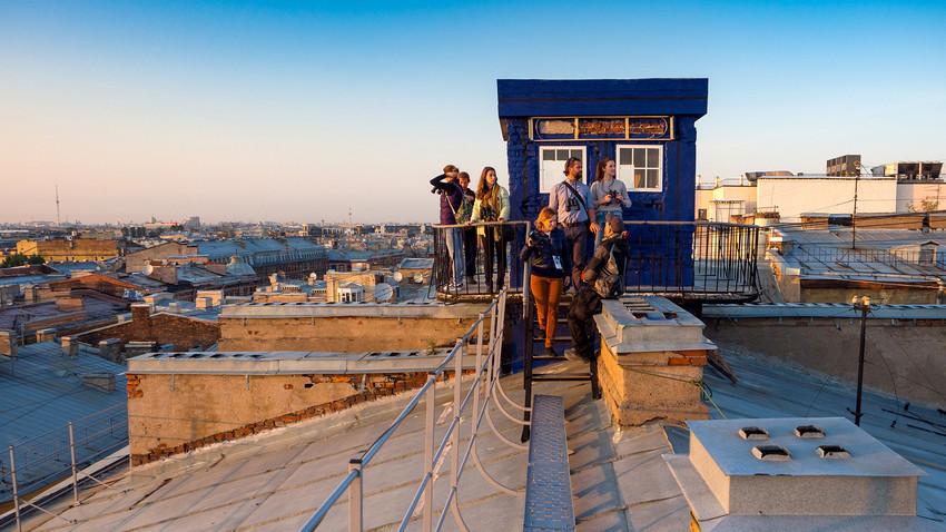 Туристичке туре по крововима Санкт Петербурга: спектакуларан поглед на северну руску престоницу
