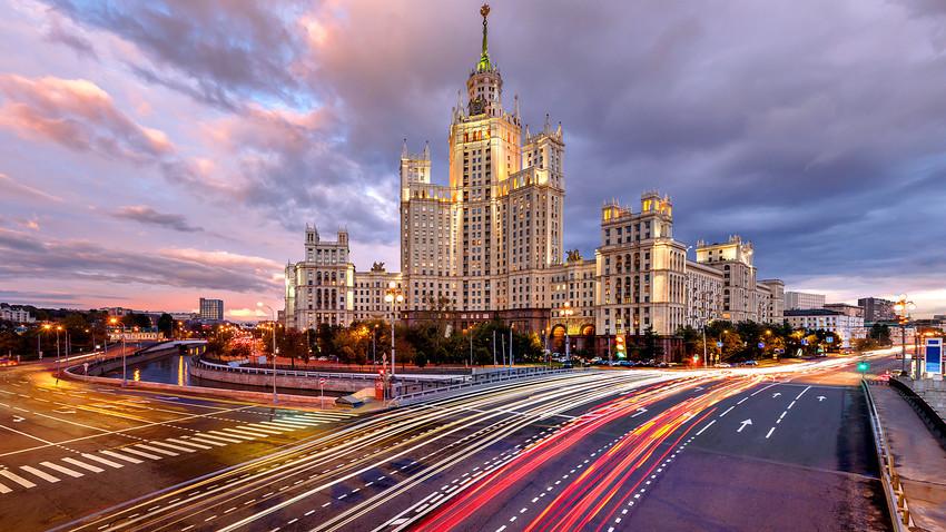 Стаљинових Седам сестара: Пет чињеница о московским небодерима које вероватно нисте знали