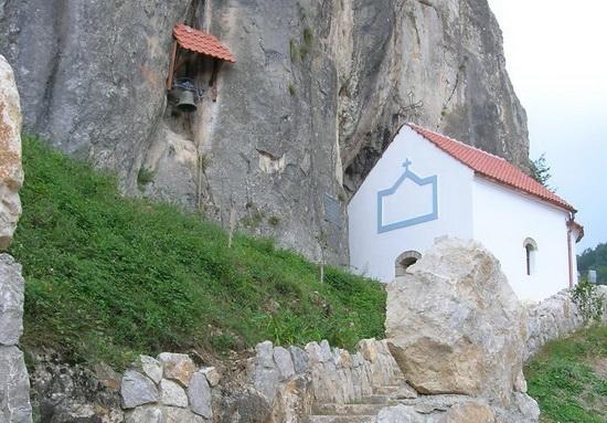 Хаџи Проданова пећина у Ивањици отворена за посетиоце