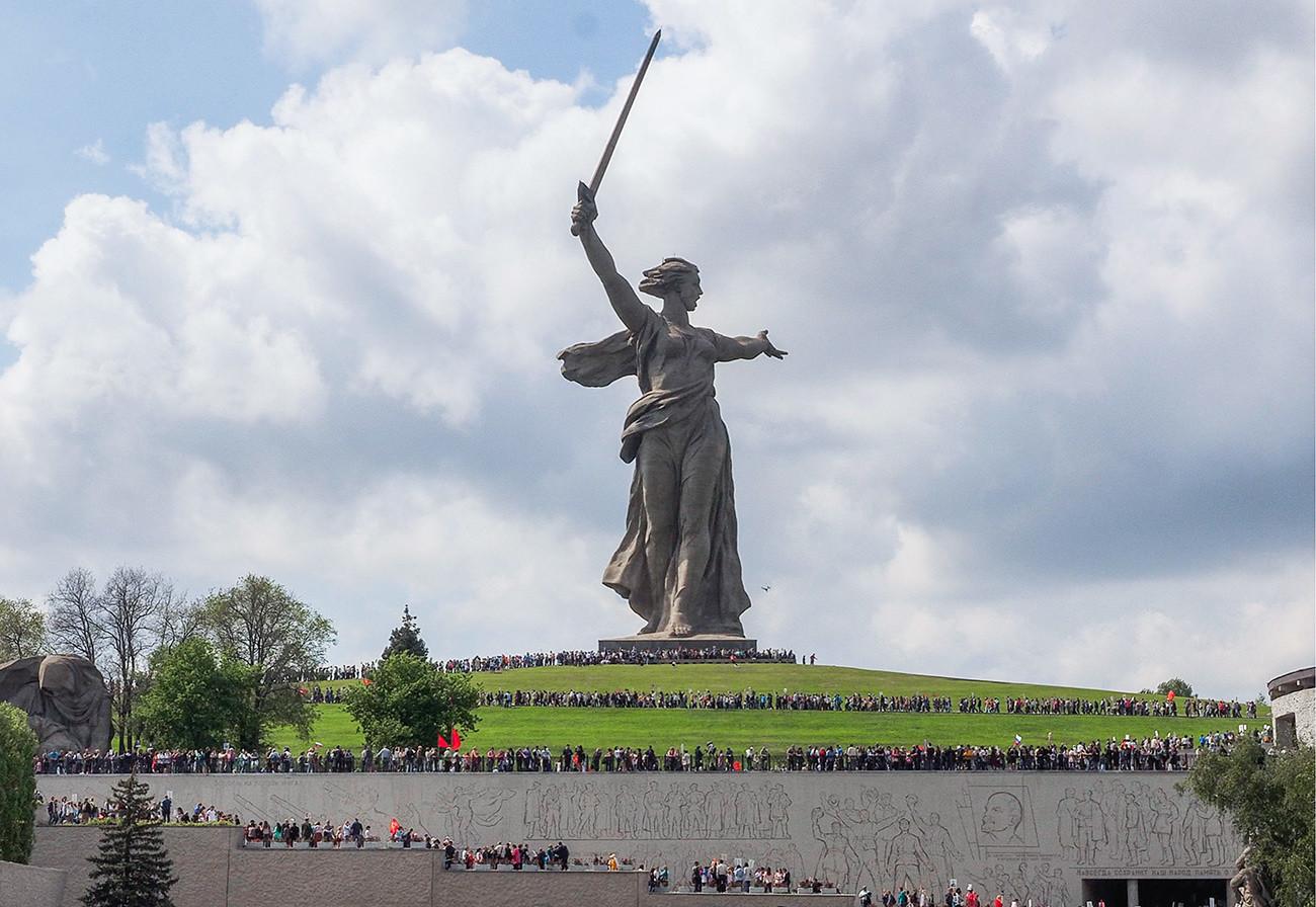 Како стварно изгледају најпопуларнија туристичка места у Русији