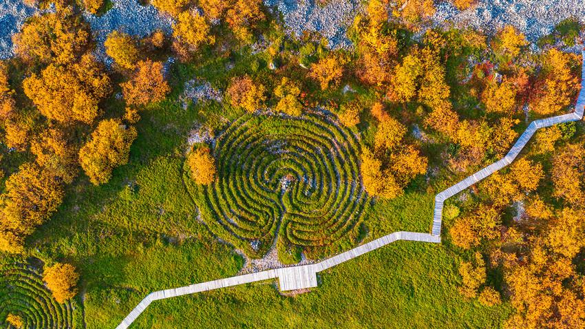 Šest neverovatnih praistorijskih spomenika u Rusiji