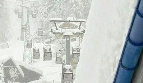 У Шкотској пукла жичара у скијашком центру