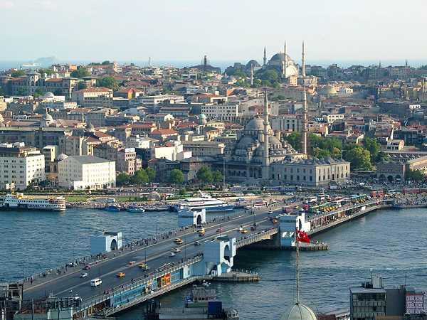 Турска у 2016. зарадила трећину мање пара од туризма