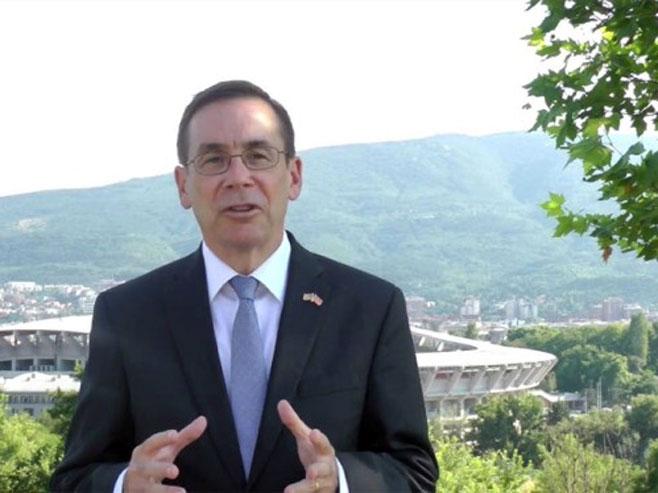 """""""Амбасадор САД директно укључен у аферу прислушкивања дипломата Србије"""""""