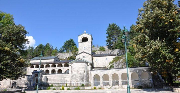 Саопштење Митрополије црногорско-приморске: O воловима и још понечему