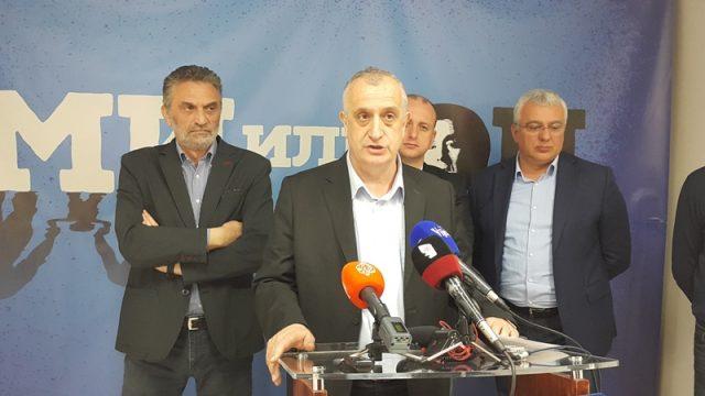 Булатовић позвао опозицију: Учинимо историјску ствар и ујединимо се око заједничког кандидата