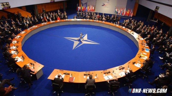 Заев: Македонија од независности дефинисана за чланство у НАТО
