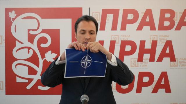 Милачић на годишњицу чланства поцијепао НАТО заставу