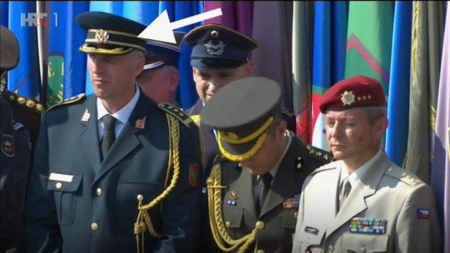 """Морално дно: Црногорски официр на прослави """"Олује"""" под барјаком """"За дом спремни"""""""