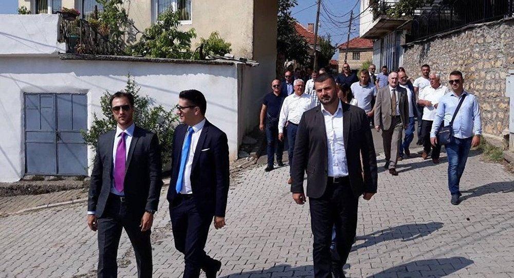 """Делегација """"Праве Црне Горе"""" посетила србски народ на Косову"""