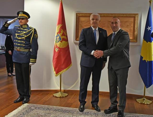 Харадинај задовољан: Црногорски војници добродошли на Косово*