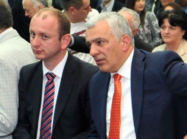 Мандићу и Кнежевићу опет одузимају пасоше