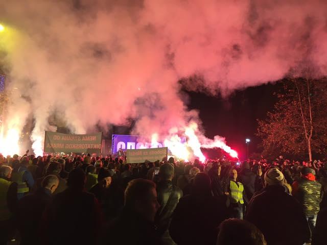 Od srijede protesti širom Crne Gore: Zapalićemo baklje slobode