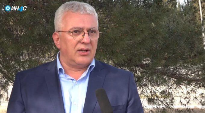 """Мандић: Ђукановић гласао да се уђе у рат, па отишао """"на ноге"""" убицама нашег народа"""