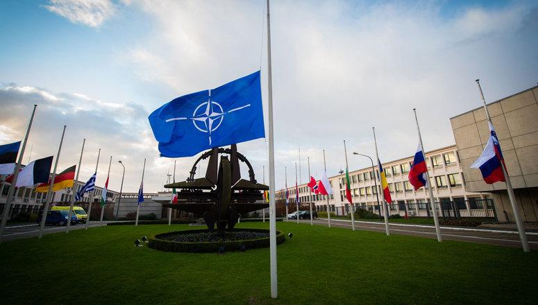 САД: Надамо се да ће Северна Македонија до јесени постати пуноправна чланица НАТО-а
