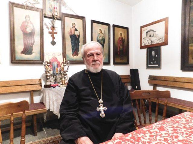 Парох которски Момчило Кривокапић: Масован одзив петицији зауставља безбожнике