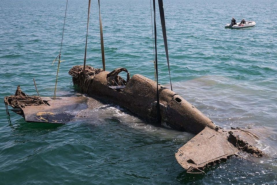 Градитељи Кримског моста пронашли авион из Другог светског рата