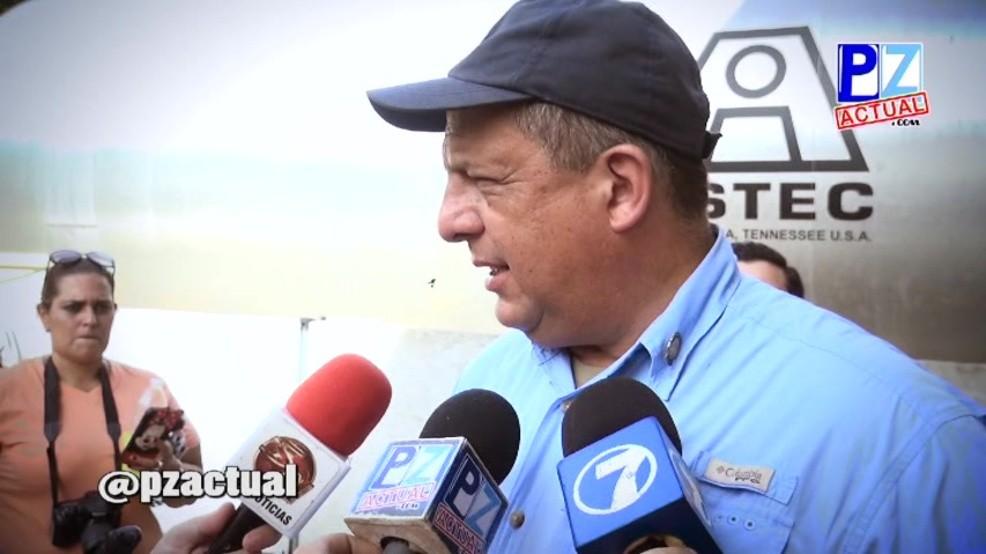 Председник Костарике прогутао осу