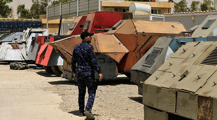 "РТ: ""Побеснели Макс"" - Заплењена борбена возила терориста Мосулу"