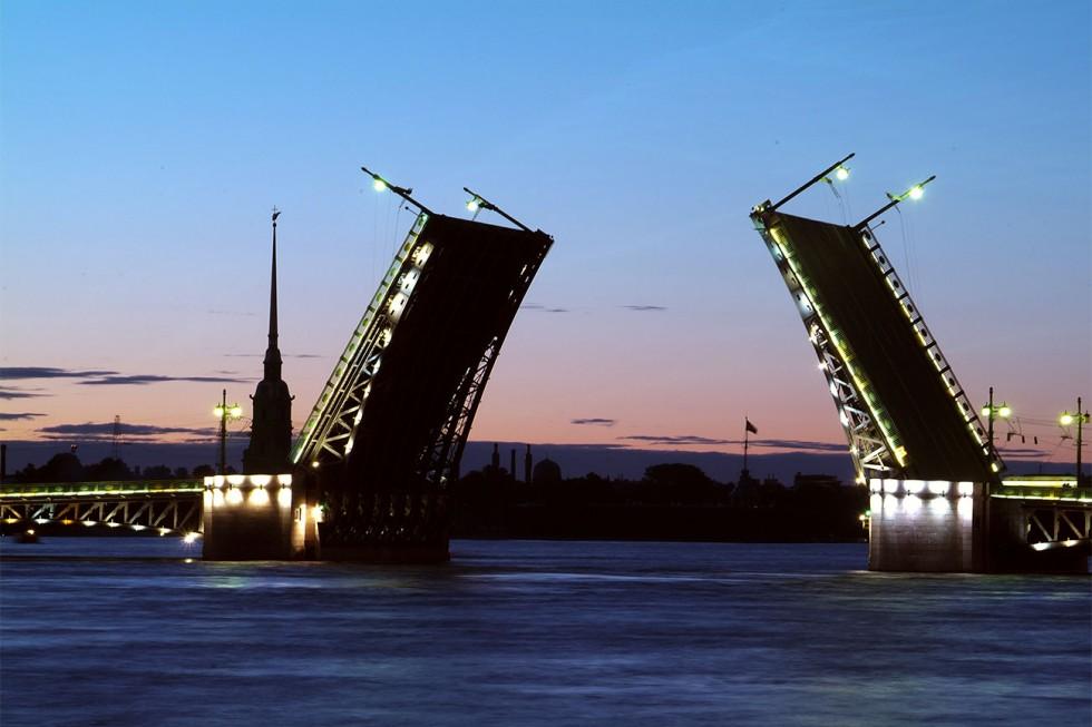 Од Неве до Амура: 10 импресивних руских мостова