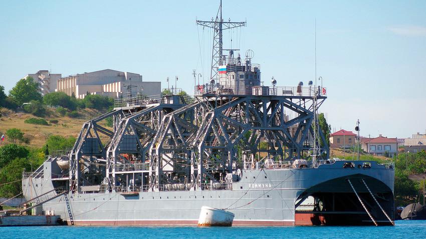 Brod koji odoleva zubu vremena: Napravljen u carskoj Rusiji, i još uvek na braniku Otadžbine