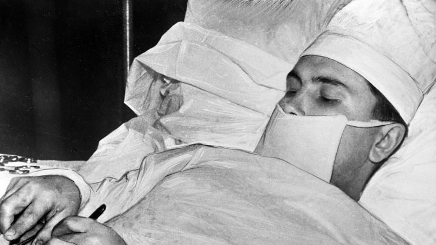 Како је совјетски доктор на Антарктику сам себи извадио слепо црево