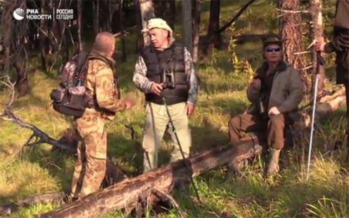 Путин и Шојгу провели суботу одмарајући у тајги у Хакасији