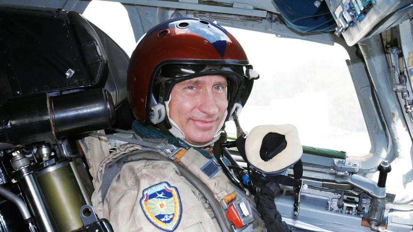 Од Стаљина до Путина: Чиме су све летели руски лидери?