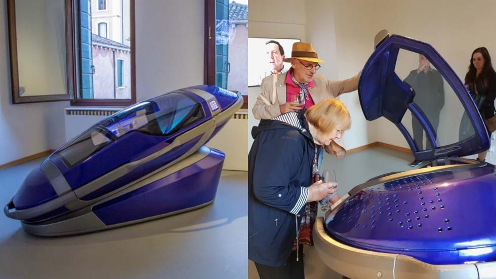 """РТ: 3D """"капсула смрти"""" за """"стилско"""" и """"мирно"""" самоубиство премијерно приказано на изложби у Венецији"""