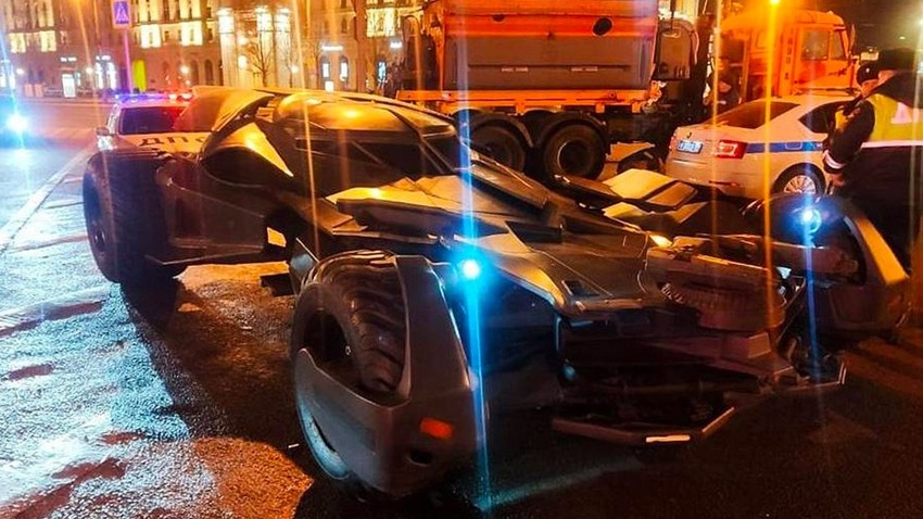 Кратко се Бетмен по Русији возао: У Москви уочен бетмобил, али полиција га искључила из саобраћаја
