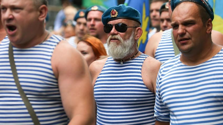 Teljnjaška – druga koža ruskih mornara