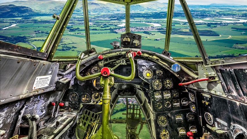 Завирите у руске историјске авионе из угла чувеног фотографа Саше Генциса