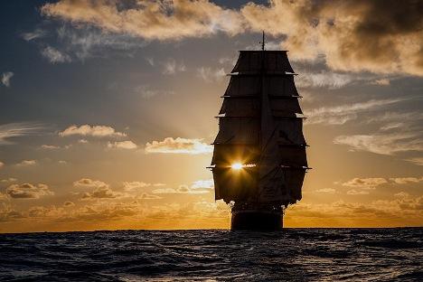 """Једрењак """"Седов"""": Нова година у Тихом океану"""