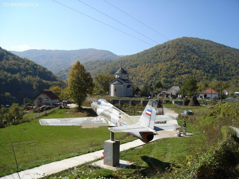 Мештани сека Краљњ у Црној Гори желе да поклоне земљу Путину и руском народу за војну базу