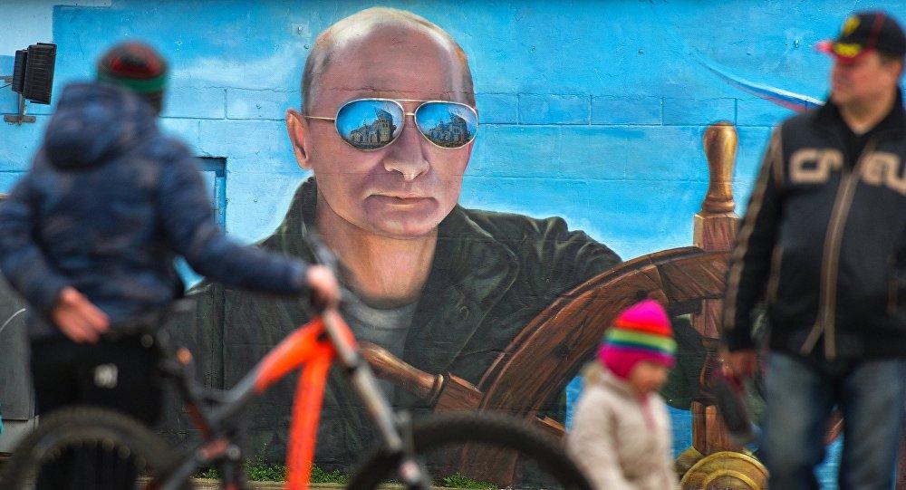Графити са ликом Путина популарни на Криму