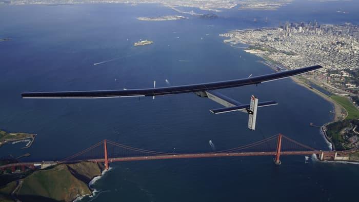 Авион на соларни погон завршава свој обилазак око света