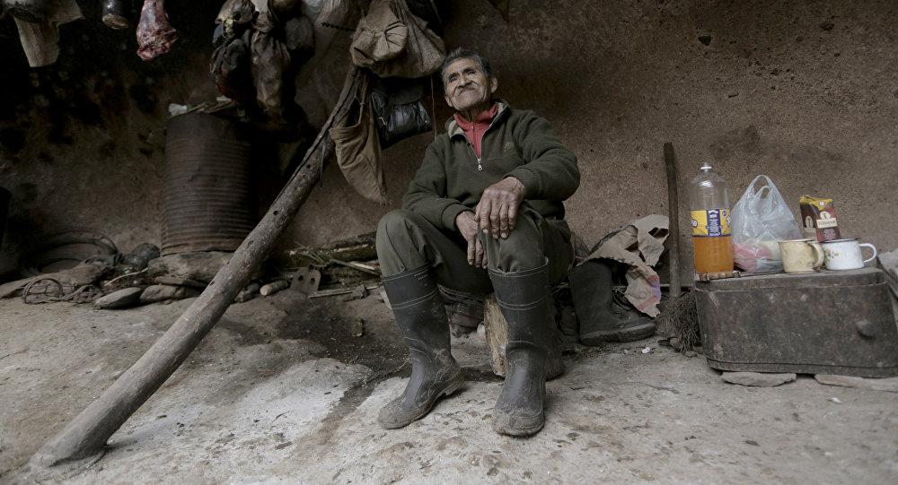 Пећински човек: Аргентинац живи 40 година у пећини