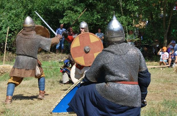 Модерни витезови оживели Манасију